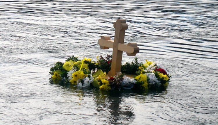 Prvo Bogojavljensko plivanje na Borskom jezeru