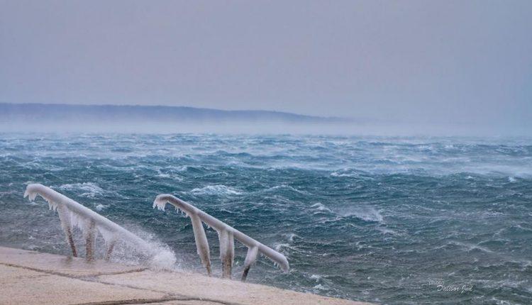 Zaledilo se Jadransko more!