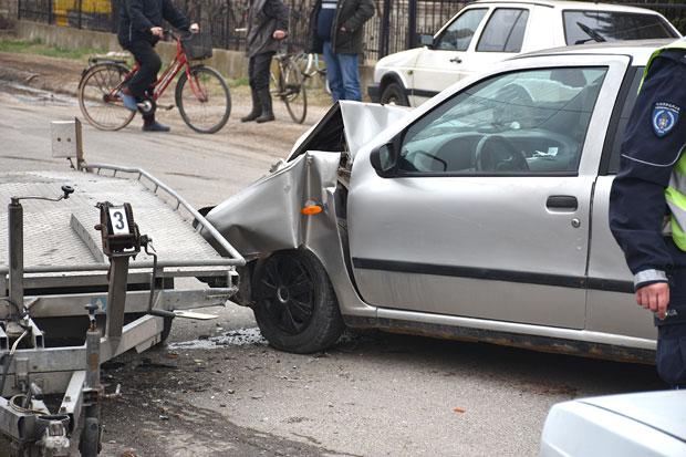 U saobraćajnoj nesreći povređeno dete (3)
