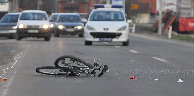 Zaječarac automobilom udario biciklistu, a zatim pobegao