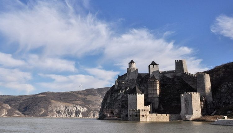 Obnova Golubačke tvrđave do kraja septembra